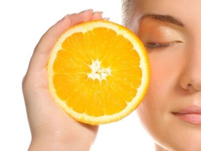Forma en la que los suplementos de vitamina C pueden resultar beneficiosos para la piel