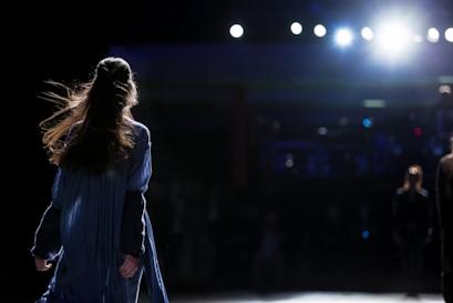 Fashion-Week-Fieber! Liposomales Vitamin C – Ihre ultimative Geheimwaffe für mehr Energie