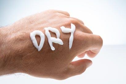 Vierstufiger Ernährungsplan zur Verbesserung von Hautproblemen